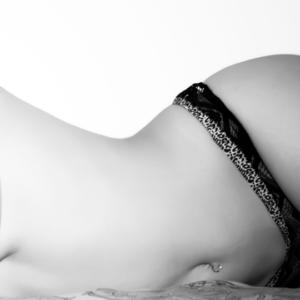 Braguitas negras de encaje